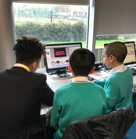 Picture of pupils learning about e-safety